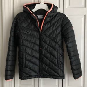 Girls Columbia jacket sz L 14-16 black and coral